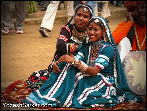 rajasthani-dancers