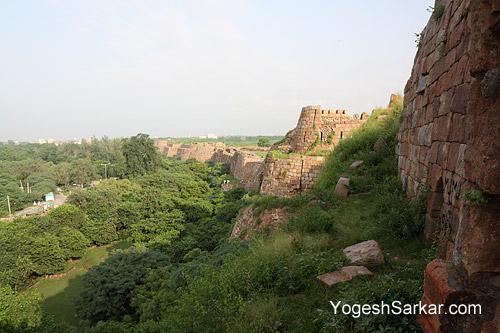 tughlaqabad-fort-walls