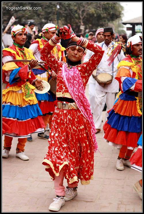 uttarakhand-folk-dancers