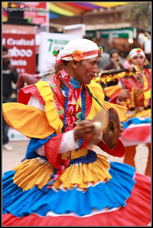 uttarakhand-folk-dancer