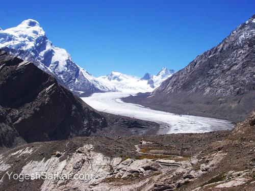 kargil-padum-road-zanskar-valley