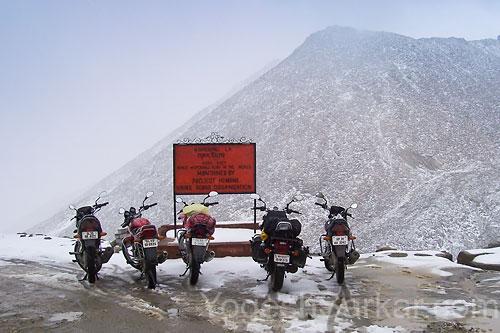 ladakh-motorcycles