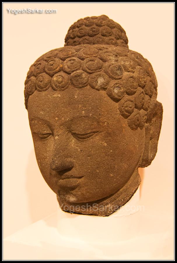 buddha-10th-century-java