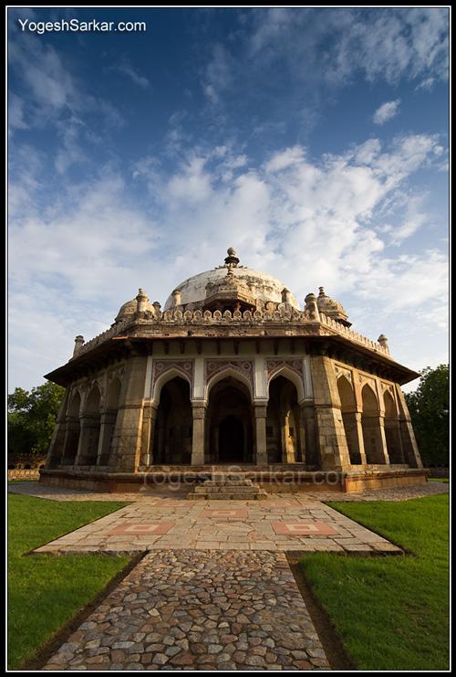 isa-khan-niazi-tomb