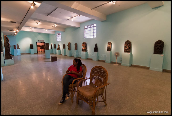 sitting-in-national-museum