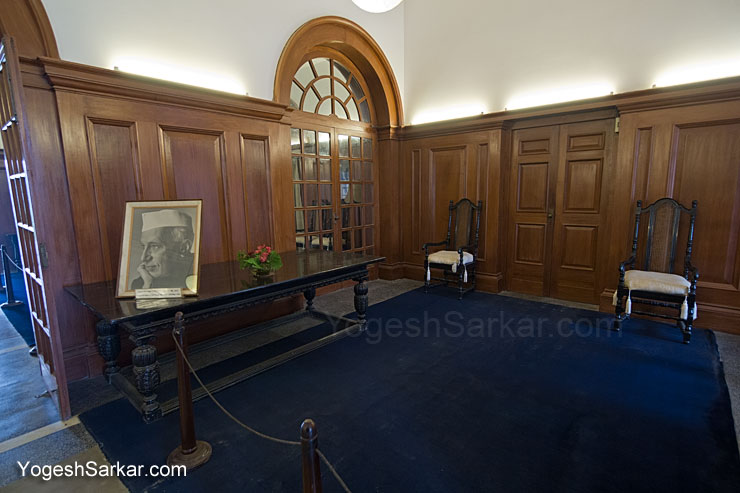 nehru-museum-lobby