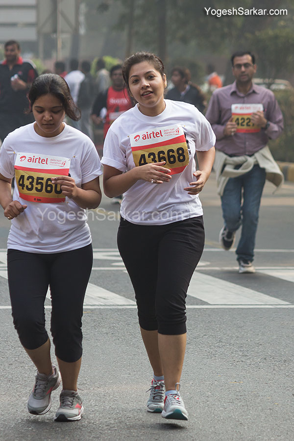 girls-running-in-great-delhi-run