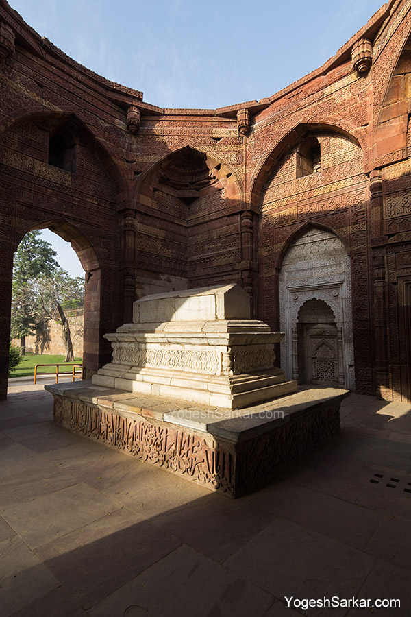 tomb-of-iltutmish