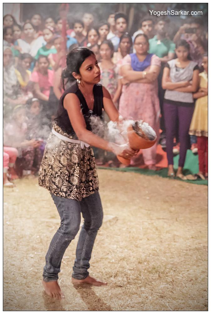 dhunachi dance