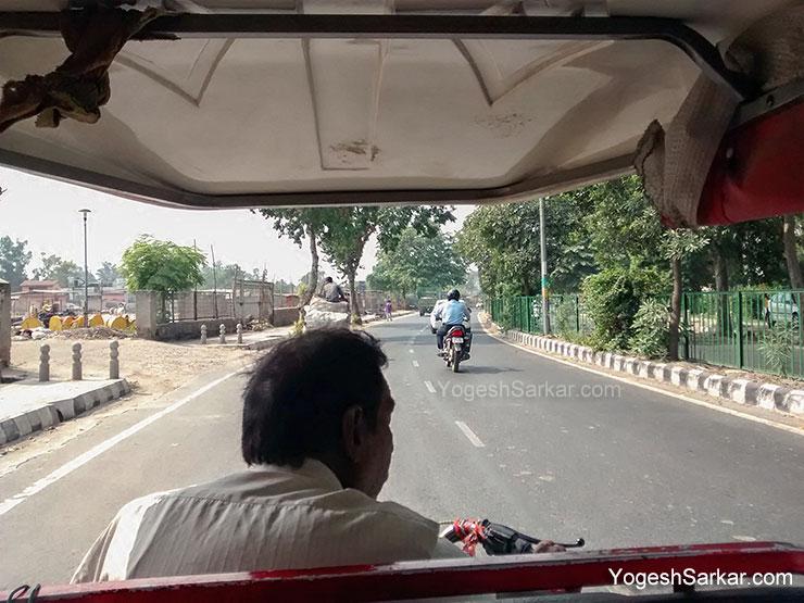 electric-rickshaw-ride