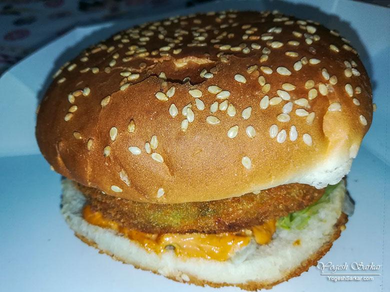 udta-punjab-burger