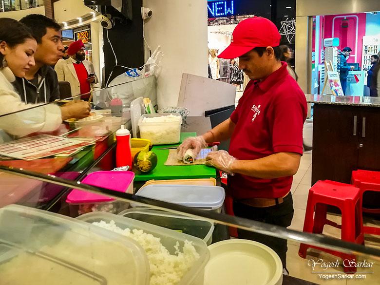 making-sushi