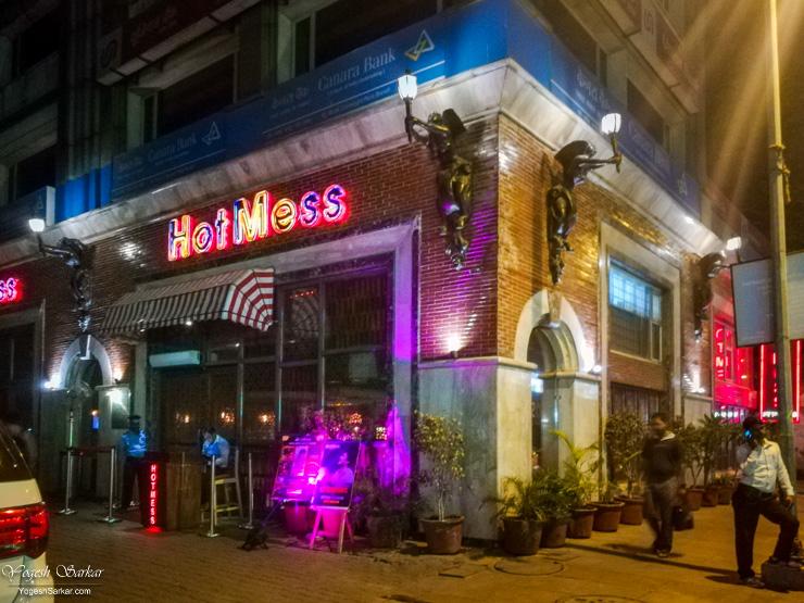 HotMess-Kitchen-Bar-CP