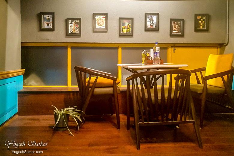 swad-desh-videsh-ka-decor-seating