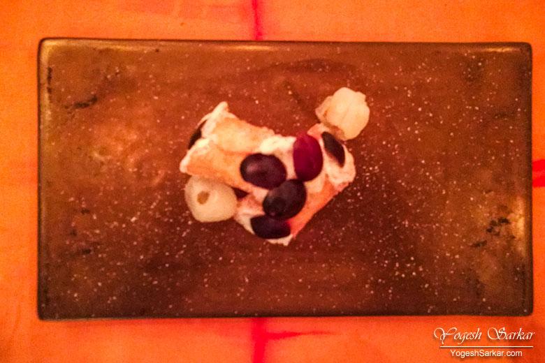 Jamun-Ki-Cannoli-served-with-stuffed-litchis