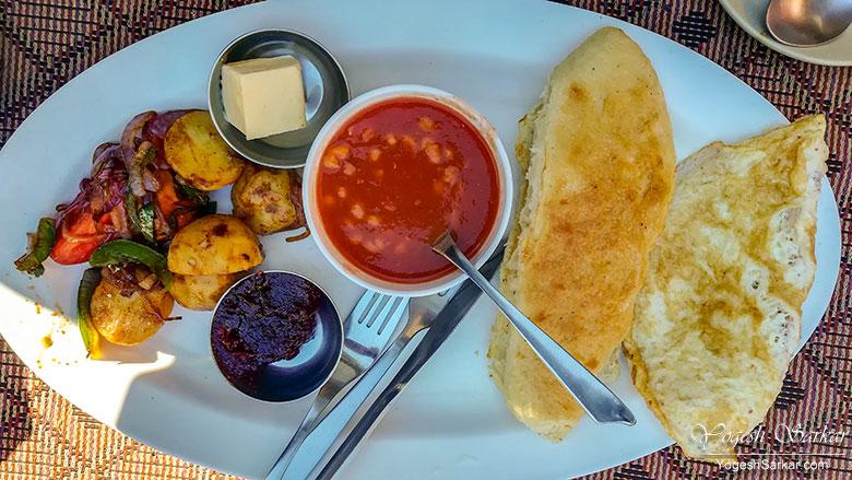 breakfast-moon-dance-cafe-kasol