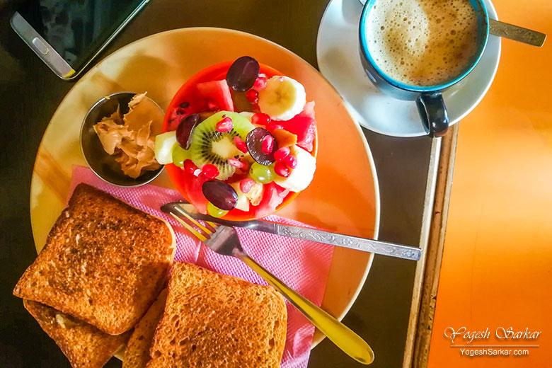 breakfast-narayan-cafe