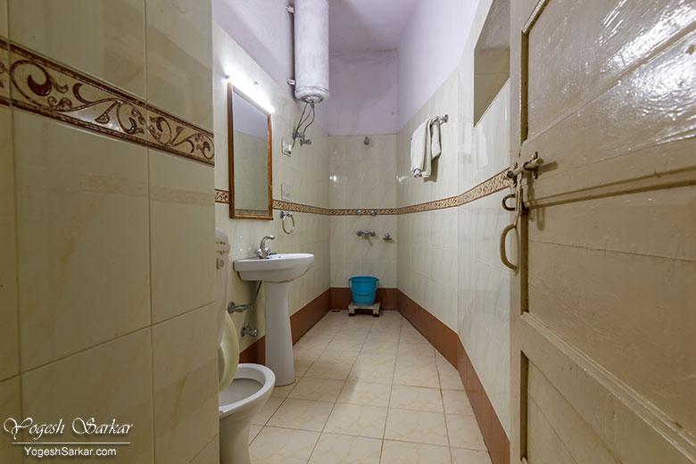 rtdc-sarovar-ac-room-toilet