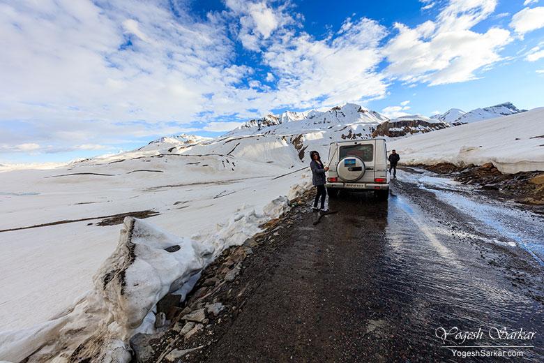 baralacha-la-manali-leh-highway