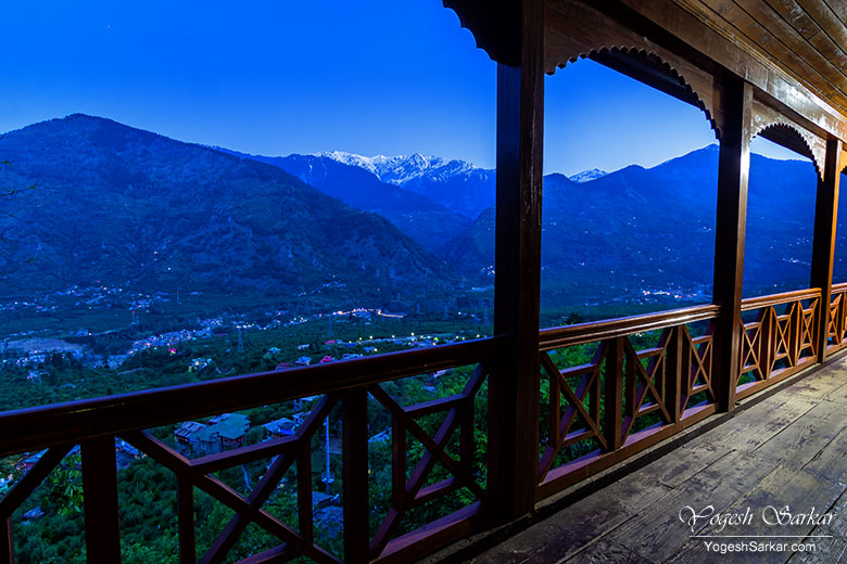 view-from-naggar-castle